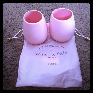 What A Pair Silicone Wine Glasses Set of 2